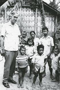 Basil Hetzel with iodine deficient adults and children in a village in central Java