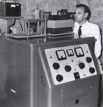 Tom MacRae with the X-ray diffraction apparatus in the 1950s
