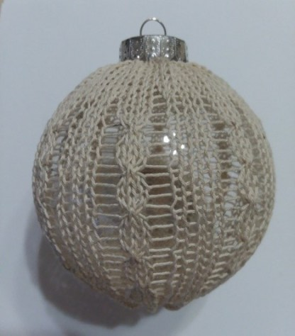 Bonnie & Vickie's Cabled and Beaded Ornament 2