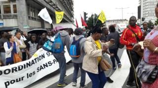 À proximité du centre de rétention de Choisy-le-Roi, manifestation unitaire pour la fermeture des centres de rétention et des HOTSPOTS en Europe. 19/08/16 © S. R.