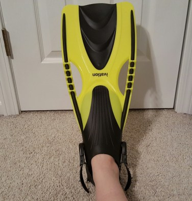 yellow swim fins 7
