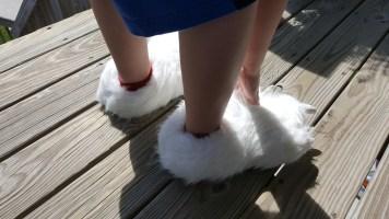 polar-bear-slippers-1