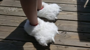 polar-bear-slippers-7