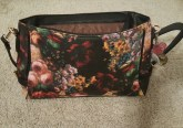 vmate-flowered-handbag-7