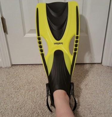 yellow swim fins 7