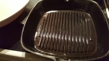 square-cast-iron-pan-2