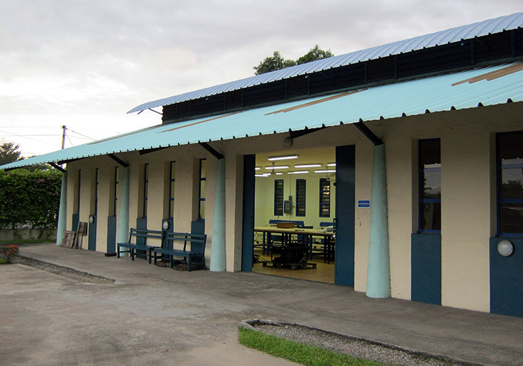 Vue extérieure d'une salle de cours du CSP POG