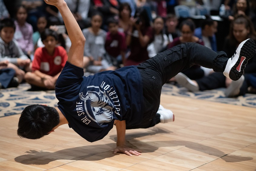 Break Dancers at the Titan Fast Pitch 2018. Photo credit: Matt Petit for MUFG Union Bank, N.A.