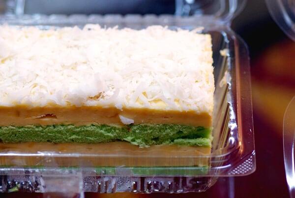 Pandan Durian Cake