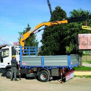 Macara pe camion Effer 65
