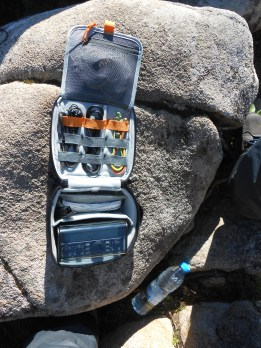 My new SOTA HF station. A small pouch with all it takes for a successful activation!