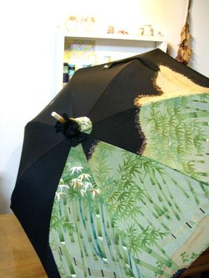 留袖の刺繍を活かして日傘に着物リフォーム