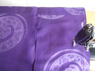 夏の着物をのれんにリフォーム。絞りの着物を暖簾にリメイク。