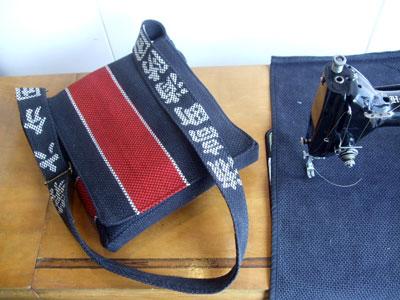 消防団の団服から別注のショルダーバッグを製作