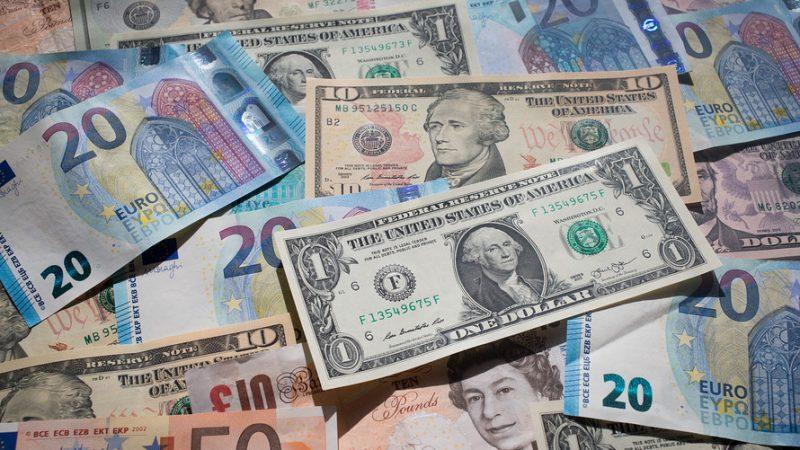 Dollar Menjunam, Kelemahan CPI Tingkatkan Potensi Rate Cut Sementara Pound Meroket Dengan Harapan Terbaru Brexit