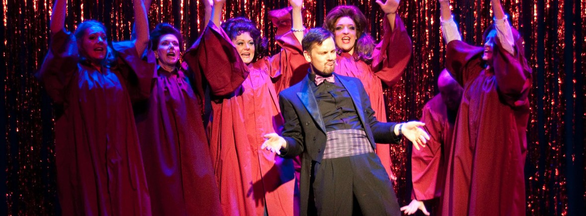 Darryl Van Horne and the gospel choir in The Witches of Eastwick