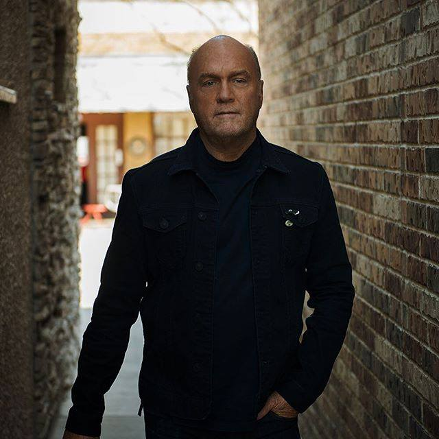 Greg Laurie says women should submit to husbands