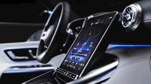 Mercedes-Benz's new Roadster has a flippy touchscreen