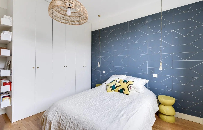 papier peint romantique pour chambre design cr atif modele papier peint chambre adulte. Black Bedroom Furniture Sets. Home Design Ideas