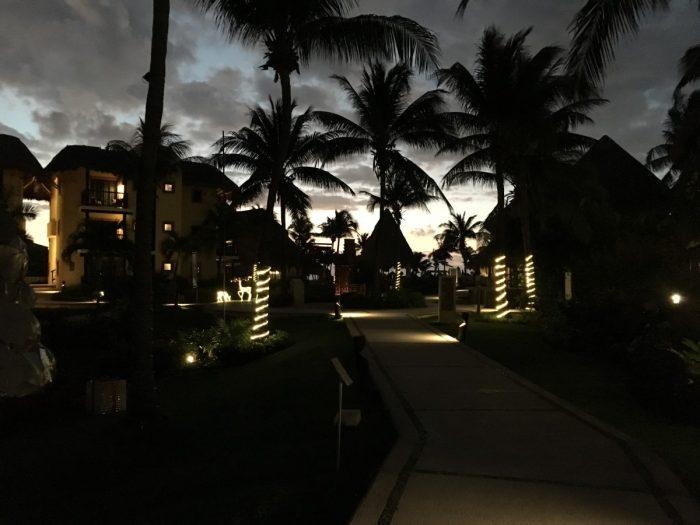 Zonsopkomst op het resort