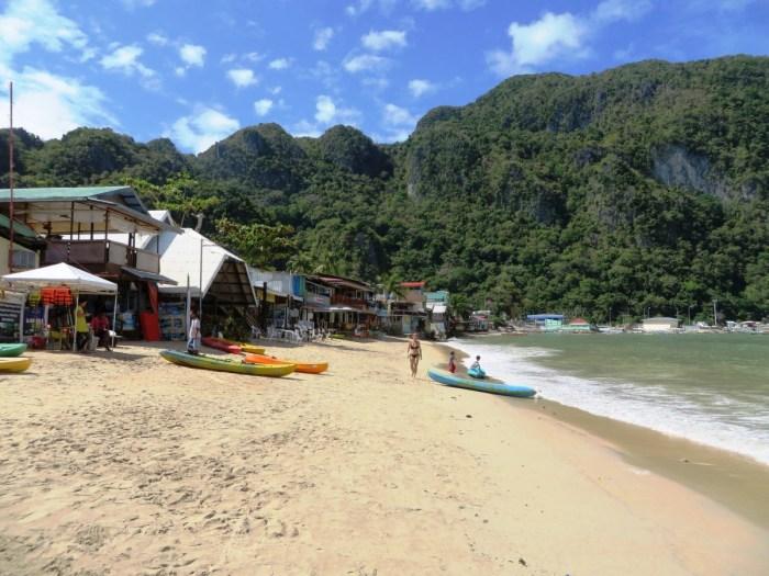 strand bij El Nido