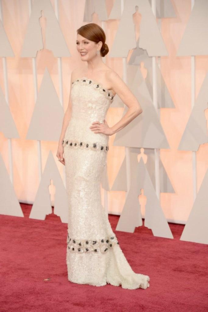 Sized Julianne-Moore-2015-Oscars-600x900