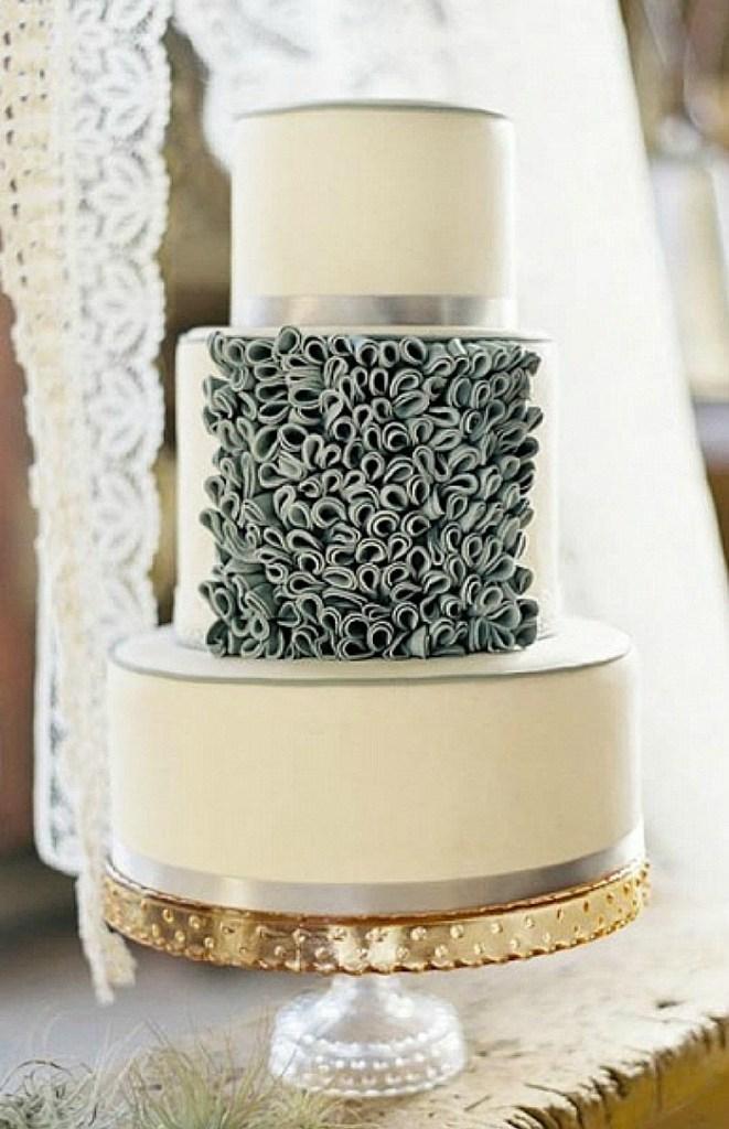 Ivory cake with ruffles
