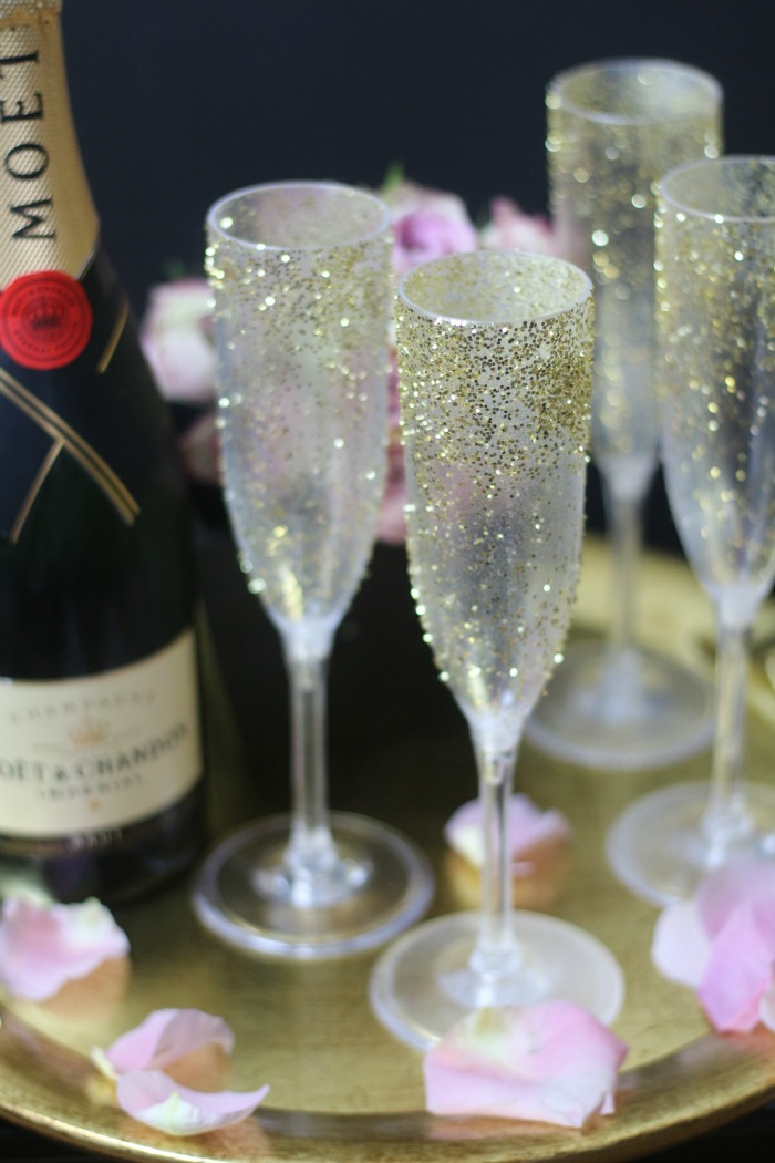 Moet Champagne and glitter glasses 2