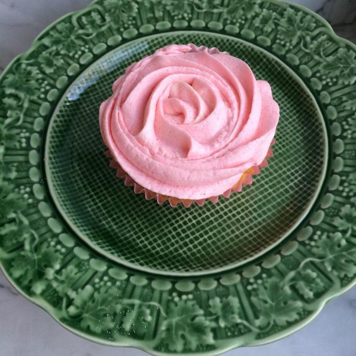 Pink rose icing