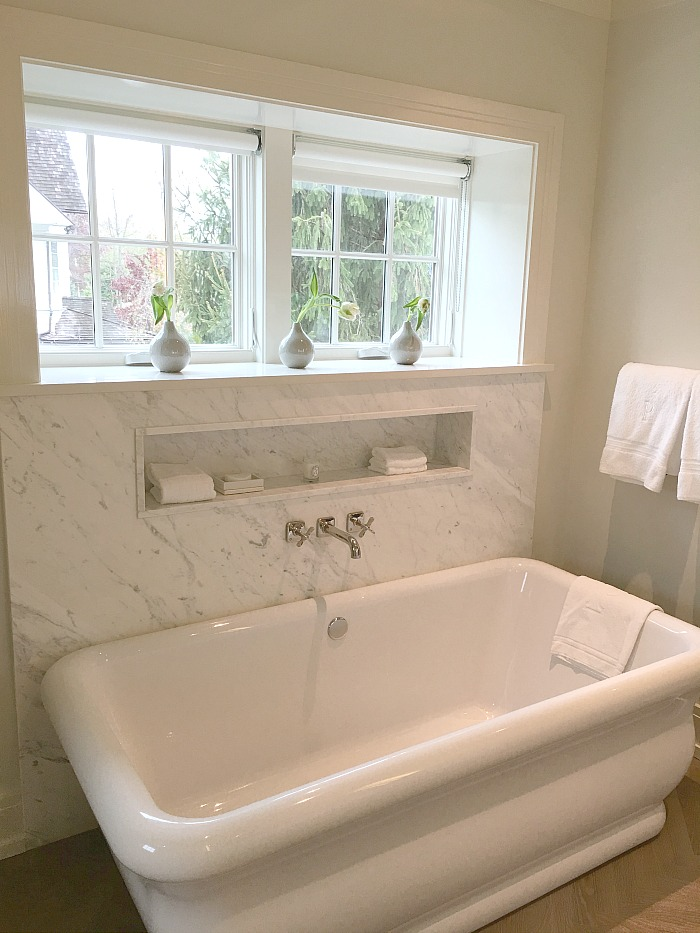 Soaking Tub