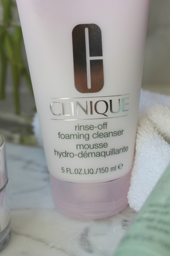 Clinique Cleanser image