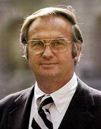 Lowell P. Weicker Jr. (Wikimedia Commons / Public Domain image)
