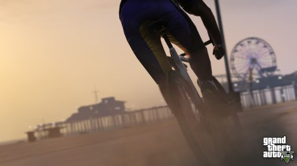 official-screenshot-bicycle-ride-past-pleasure-pier