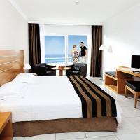 Hotel allsun Hotel Esquinzo Beach in Playa De Esquinzo