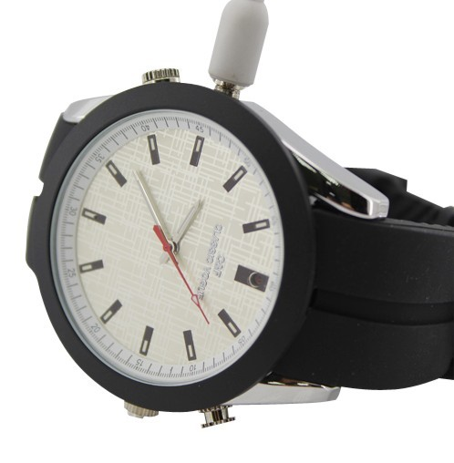 Analog Watch with HD Spy Camera 3
