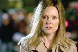 Julianne Moore es Brenda Martin en El color del crimen