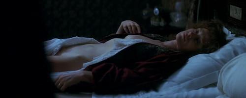 Isabelle Huppert desnuda una vez más en Gabrielle