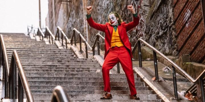 El Joker también baila y la subida a su casa es peor que la de Rocky Balboa entrenando
