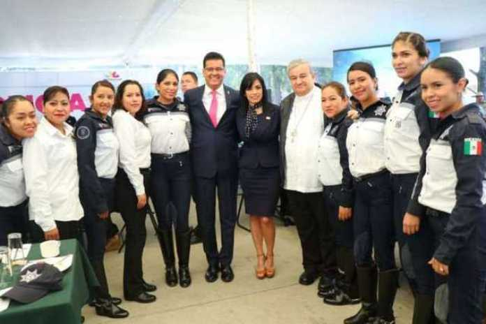 Juan Bernardo Corona Mujeres Policias