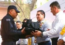 policia Silvano Aureoles y Juan Bernardo Corona