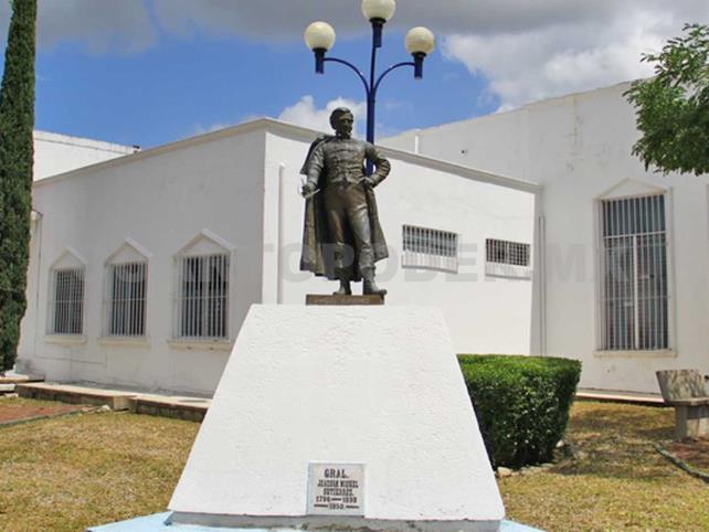 Desde hace 53 años la masonería chiapaneca rinde homenaje a Joaquin Miguel Gutiérrez, cada 21 de agosto como parte de los festejos del Día de la Fraternidad. Cortesía