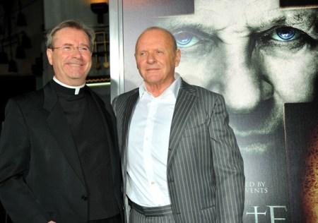 Fr-Gary-Thomas-con-Anthony-Hopkins