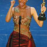 rs_634x1024-150212153842-634-halle-berry-oscars