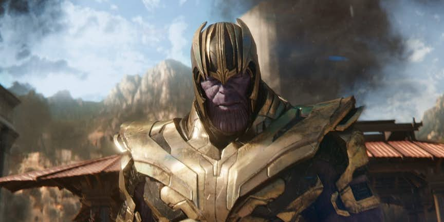 Avengers-Infinity-War-Thanos-in-Armor-on-Titan.jpg