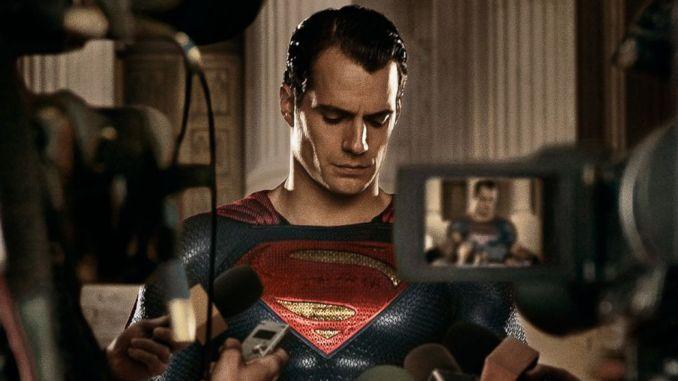Henry Cavill-Superman
