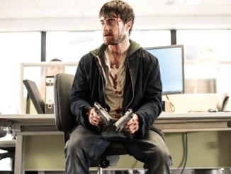 Manos a las Armas: Llega a TNT el film protagonizado por Daniel Radcliffe y Samara Weaving