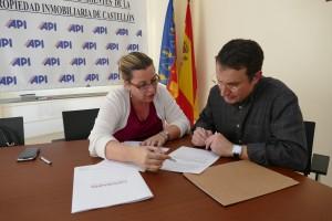 firma convenio apis cuatro noventa lopd (1)
