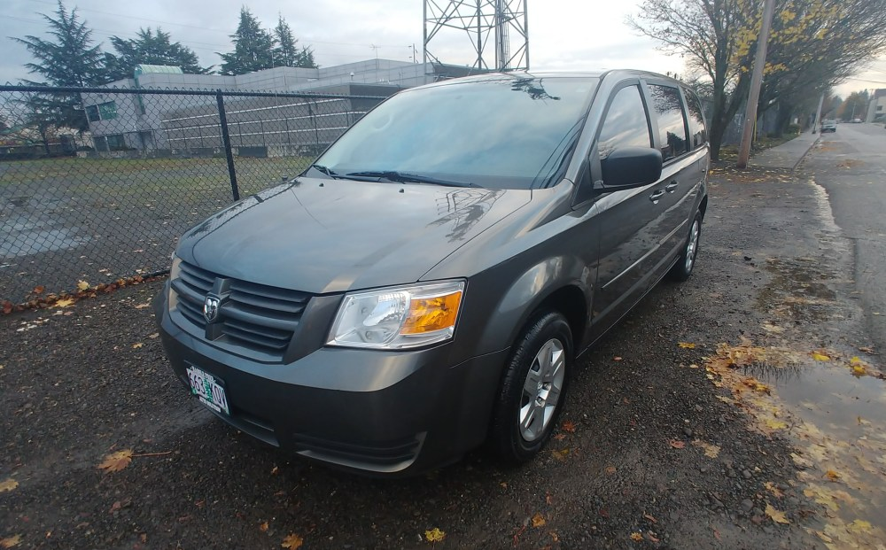 medium resolution of 2010 dodge grand caravan se passenger van 4d