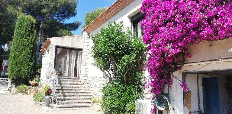 Maison 120m² 2 chambres pour 6 personnes, jardin, proche plages de Saint Cyr sur Mer