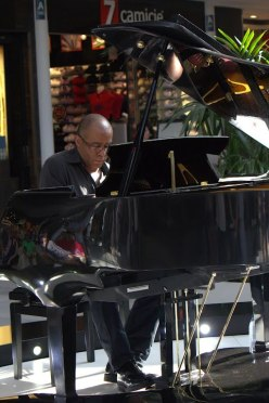 Arturo Menas